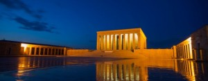 Anıtkabir ve Gece