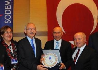CHP'Lİ BAŞKANLAR İZMİR'DE BULUŞUYOR